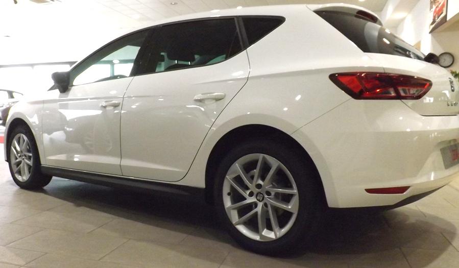SEAT LEON 2014-  MINIGONNE LATERALI  5porte - ST (wagon)